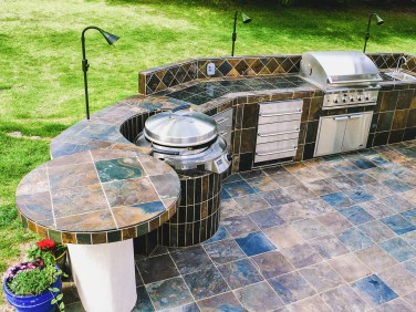 fire-and-water-outdoor-kitchen-3