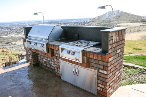 Custom Design & Construction Outdoor Gourmet Kitchens & Barbecues