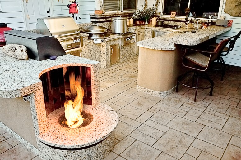 fire-and-water-outdoor-kitchen-64