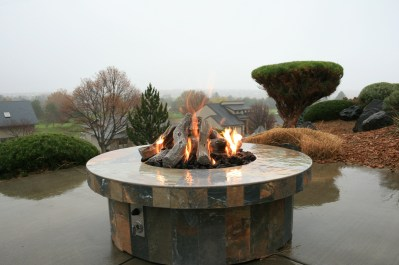 Custom Design & Construction Outdoor Fire Pits & Fireplaces