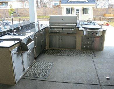 fire-and-water-outdoor-kitchen-75