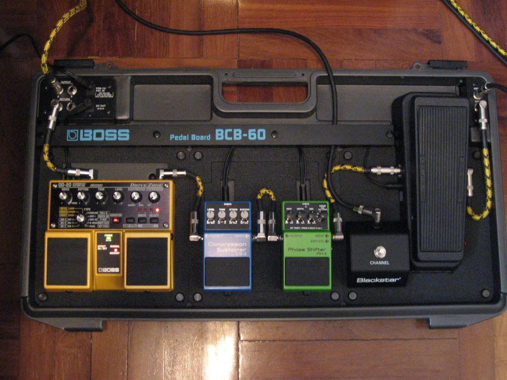 hight resolution of and then later on i added a bcb 30 pedal box to run in the effects loop of my blackstar ht 5
