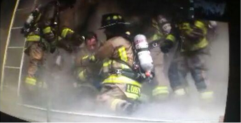 Video Firefighter Rescued After Mayday in Deadly