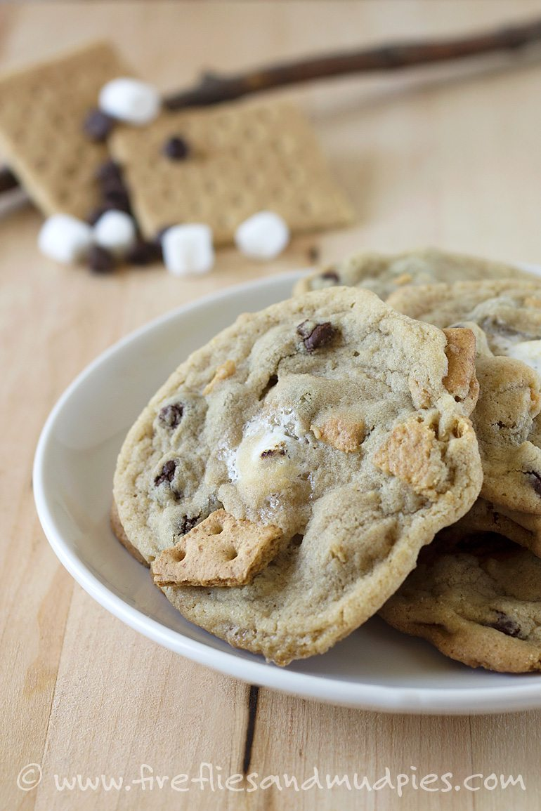 S'mores Cookies | Fireflies and Mud Pies