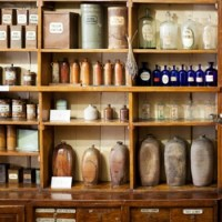 Know your shelving options | Retail Design Blog | Firefly ...