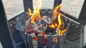 Die Briketts brennen aus