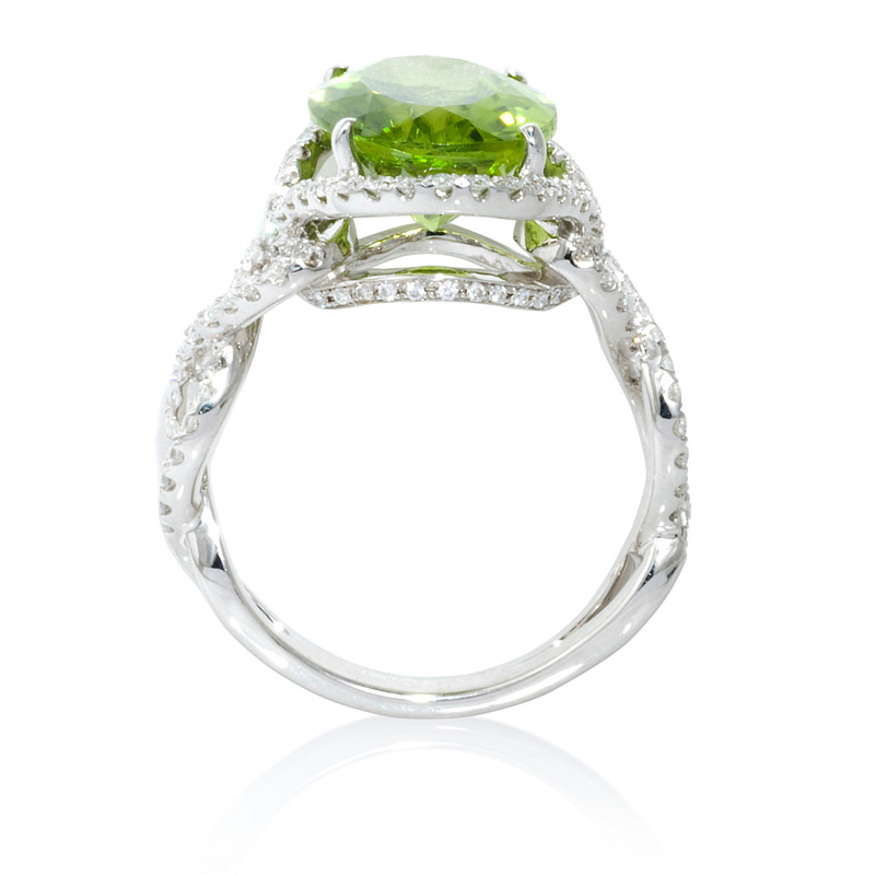 .69ct Diamond and Peridot 18k White Gold Ring
