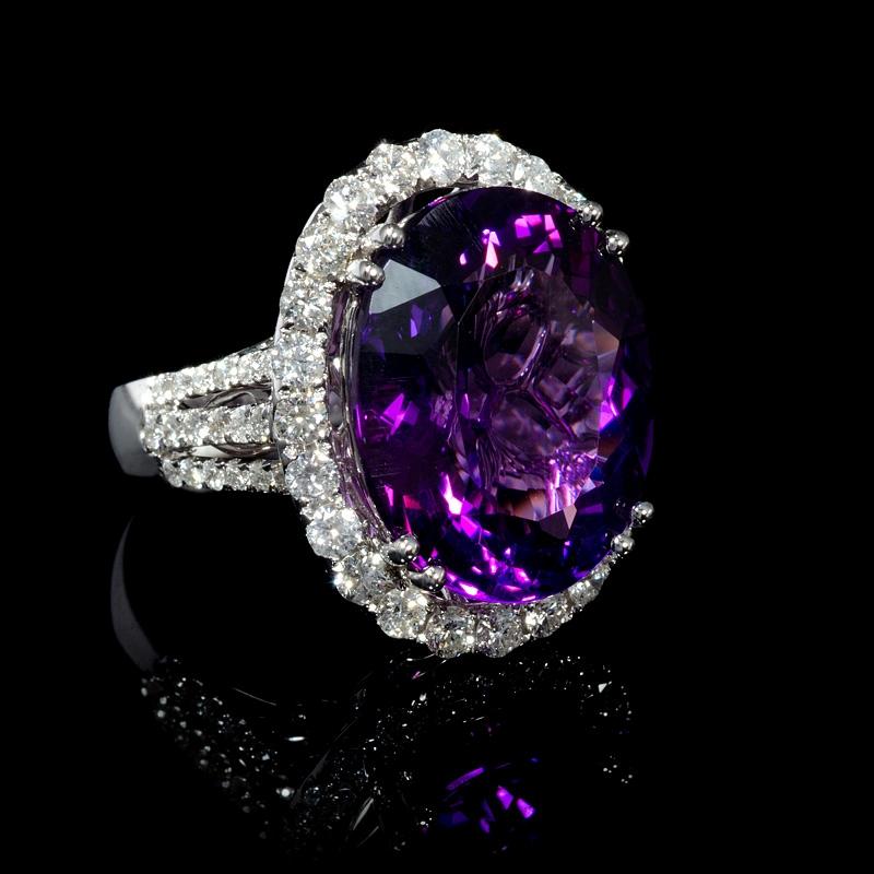 176ct Diamond And Purple Amethyst 18k White Gold Ring