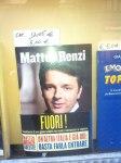 Matteo Renzi in saldo (Foto Gabriele Toccafondi via Facebook)