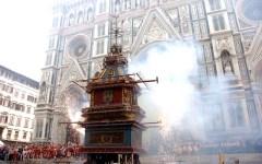 Pasqua 2017 a Firenze: Scoppio del Carro e sorteggio Calcio storico. Biglietti anche a 500 euro per le partite di giugno