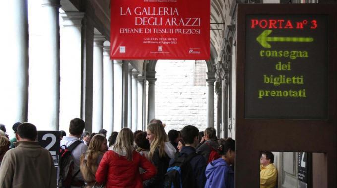 Boom dei turisti in coda agli Uffizi nei primi due mesi del 2013
