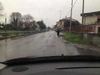 Signa: via delle Molina come un percorso a ostacoli