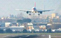 Nebbia, ancora disagi e ritardi all'aeroporto di Firenze