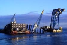 Il relitto della Costa Concordia dovrebbe essere smantellato a Piombino
