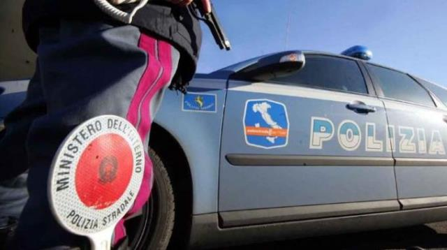 I controlli della Polizia nelle aeree di servizio autostradali