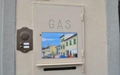 Da sportello del gas a quadro d'autore, così Lorenzini dipinge la sua Fiesole