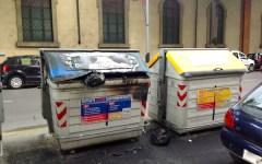 Firenze: cassonetti in fiamme nella notte in viale Giannotti e via delle Cascine