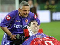 Stefano Borgonovo e Roberto Baggio durante la gara tra Fiorentina e Milan al Franchi nel 2008
