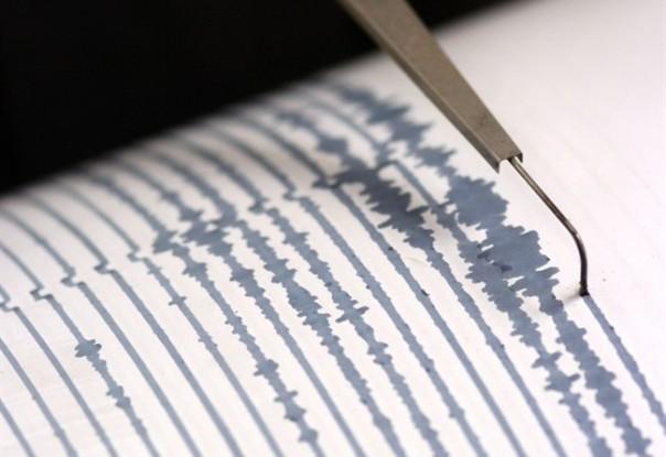 Terremoto in Toscana, ci si prepara a dormire fuori casa