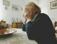 Sempre di più gli anziani in difficoltà