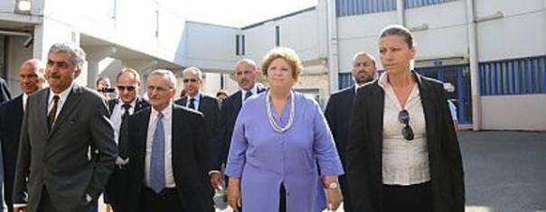 I detenuti hanno esposto al Guardasigilli i problemi della popolazione carceraria
