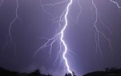Maltempo, fulmine danneggia santuario in Lunigiana