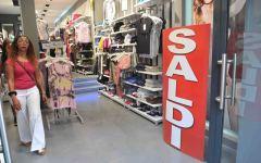 Saldi estivi, Confcommercio Firenze: «-10% rispetto al 2012»