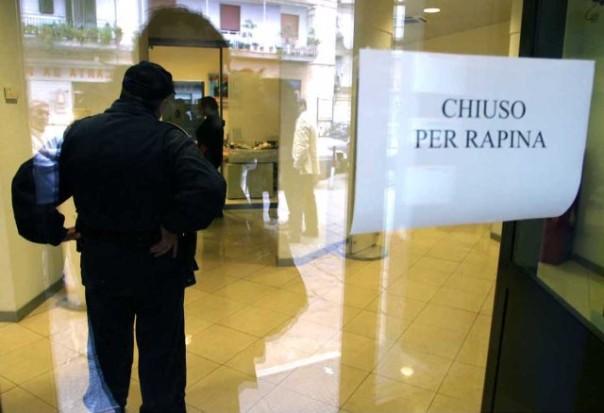 Il rapinatore siciliano preso dai carabinieri di Certaldo ad un anno di distanza dal colpo in banca