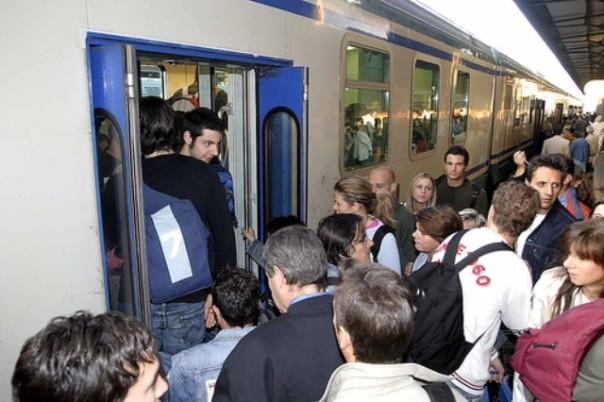Lutti e ritardi, il servizio ferroviario è un'emergenza