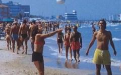 Crisi, Codacons: «Gli italiani riducono i soldi per le vacanze»