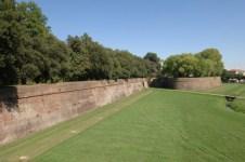 Le mura di Lucca, teatro anche di incidenti gravi