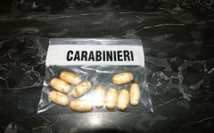 Firenze: sei ovuli di cocaina in corpo, arrestato dai carabinieri