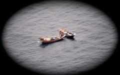 Di pattuglia in elicottero sull'Oceano a caccia di pirati