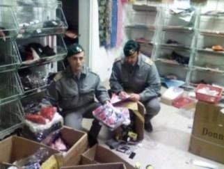 Contraffazione, sequestrate migliaia di false griffe