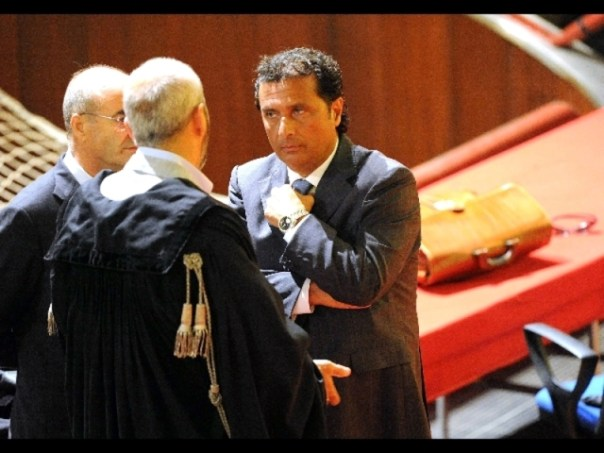 L'ex comandante Francesco Schettino in aula a Grosseto