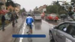 Mondiali di ciclismo, un muro d'acqua sta condizionando la gara