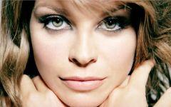 Amore puro, il nuovo album di Alessandra Amoroso. Recensione e tracklist.