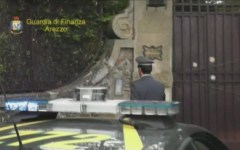 Indagati Licio Gelli e famiglia, sequestrata la villa di Arezzo