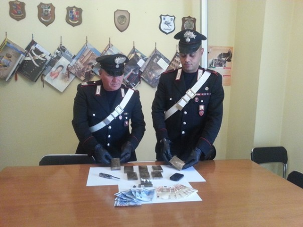 La droga sequestrata dai carabinieri di Empoli