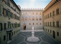 La sede centrale a Siena della banca Mps