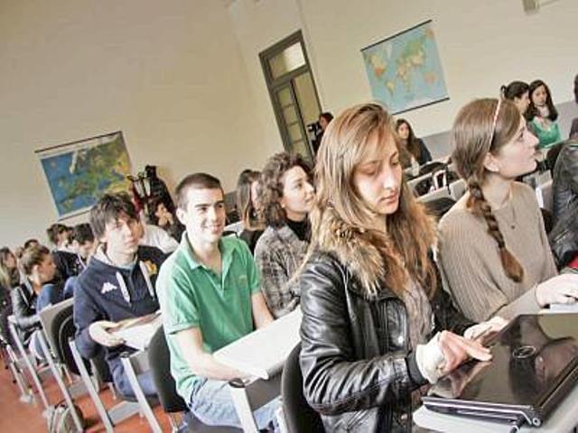 Studenti a caccia delle borse di mobilità