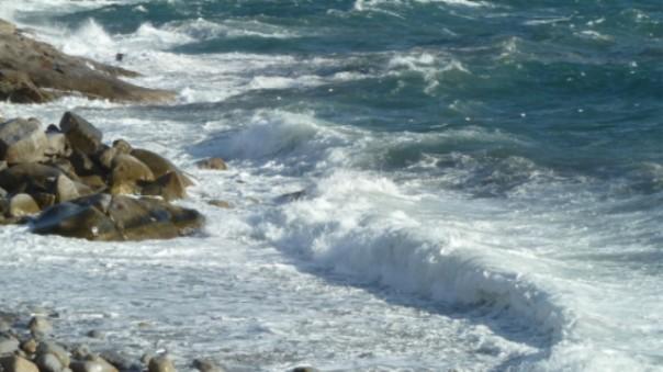 Allerta mareggiate e vento forte in Toscana
