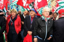 Cgil, Cisl ed Uil, la Toscana si ferma contro la legge di stabilità