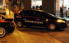 Firenze, Carabinieri: tre allievi marescialli bloccano aggressore in fuga