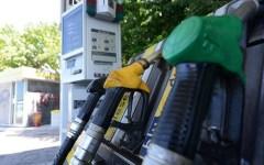 Benzina: i prezzi stanno calando (ma assai più lentamente di come erano saliti)