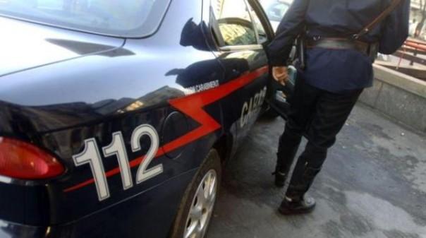 Montignoso, i carabinieri arrestano marito violento