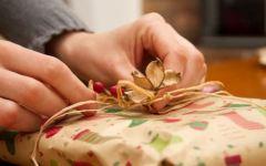 Natale di crisi, meno regali e feste dimesse