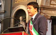 Renzi: «Le parole per uscire dalla crisi sono pathos e pazzia»