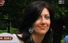 Pisa, Roberta Ragusa: poesie e una corona di fiori in mare per il suo compleanno