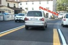 L'auto privata del sindaco Renzi sulla corsia preferenziale in viale Europa. Alla guida è la moglie come lei stessa ha confermato